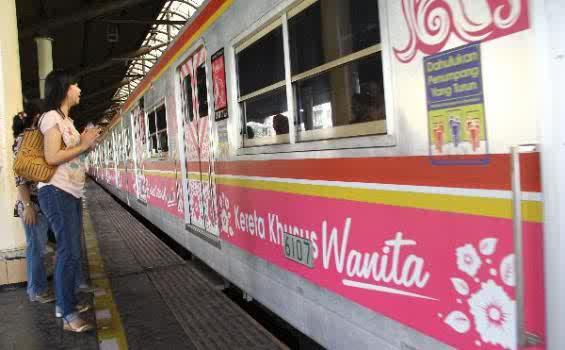 Kereta-Khusus-Wanita-